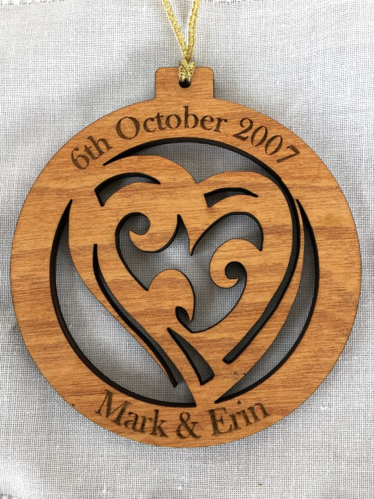 Personalized wooden decoration